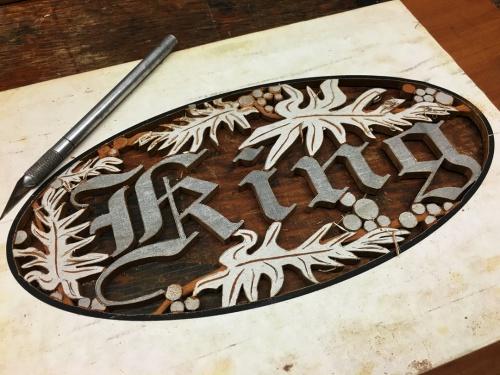Name:  001 - King carving, halfway finished.jpg Views: 414 Size:  95.5 KB