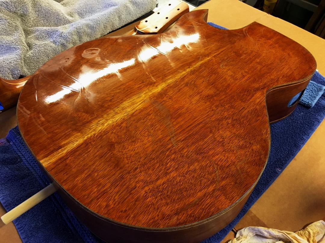 High gloss sanding tip-001-wet-sanding-back-french-polish.jpg
