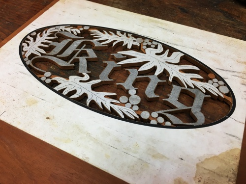 Name:  002 - King carving, halfway finished.jpg Views: 197 Size:  85.1 KB