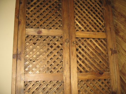 French style wine cupboard - Worth restoring? (w photos)-018.jpg