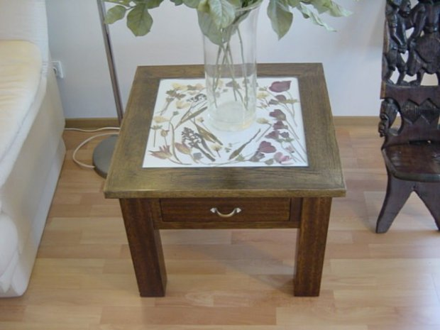 Glass top table finished-05.jpg