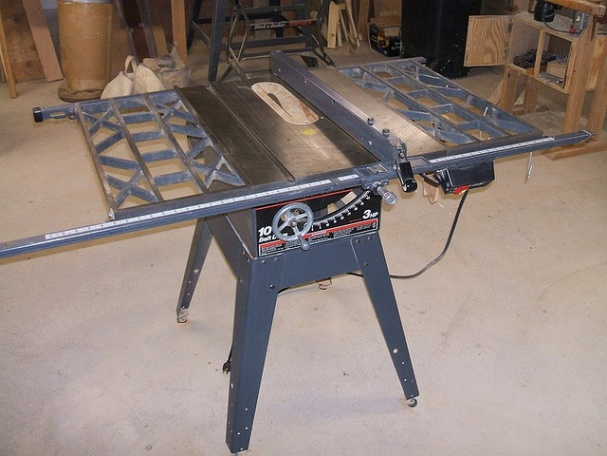 Looking To Purchase A Vintage Table Saw Need Help