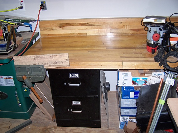 Planning To Build A Workbench Area Need A Lot Of Advice