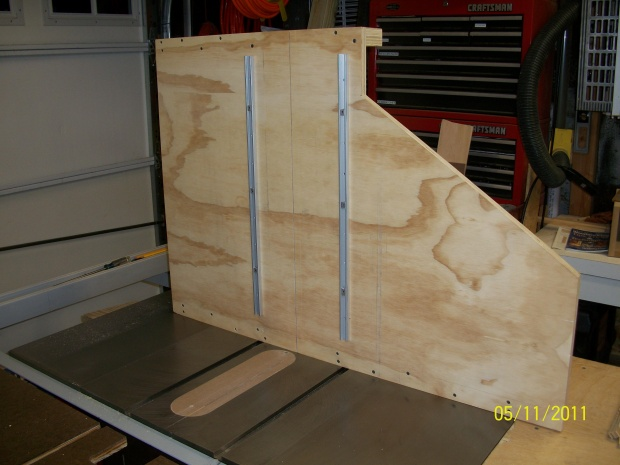 how to make table saw sled runners
