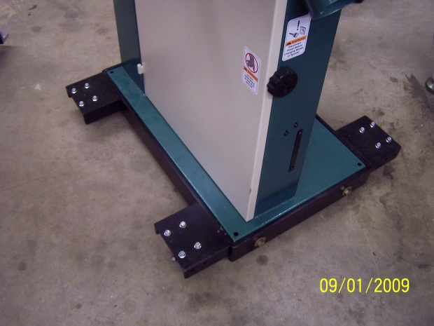 19 Quot Grizzly Bandsaw Mobile Base Woodworking Talk