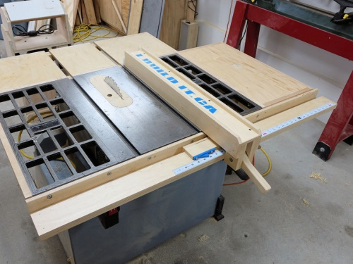 Delta SM200L Table Saw-1458109308-wooden-table-saw-fence-44.jpg