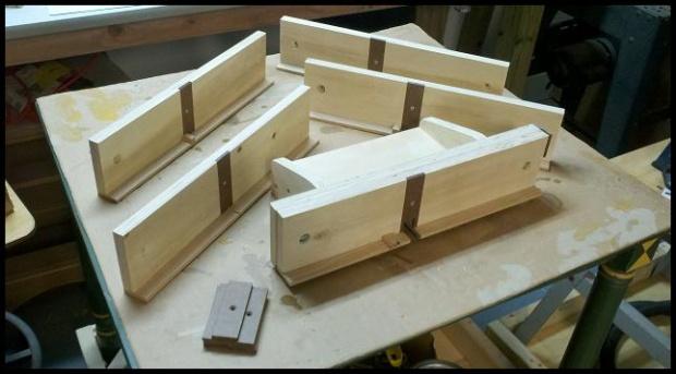 Box joint jig-2012-02-26_21-54-47_901.jpg