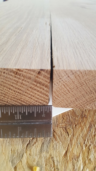 Gaps on table top / timing of poly finish-20160924_104242.jpg