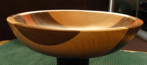Laminated bowl-527b.jpg