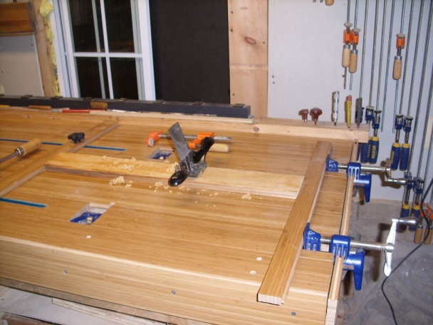 woodworking bench on s