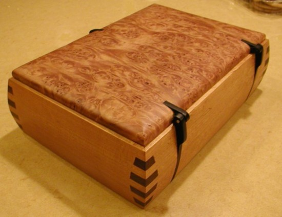 Wooden hinges for small box-box-hinge.jpg
