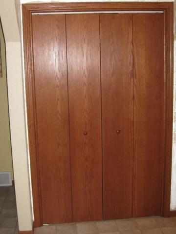 Name:  Closet Face.jpg Views: 462 Size:  46.3 KB