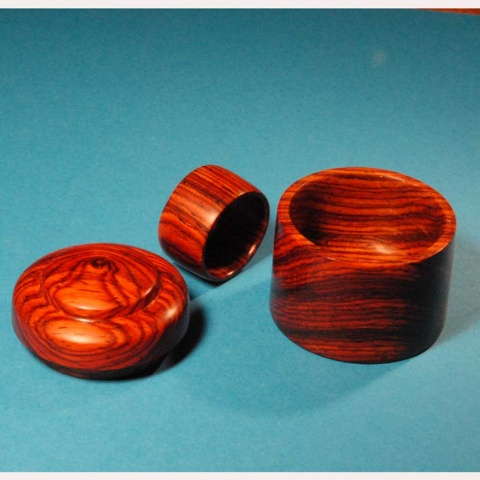 Name:  cocobolo-Ring-and-Box-WEB1.jpg