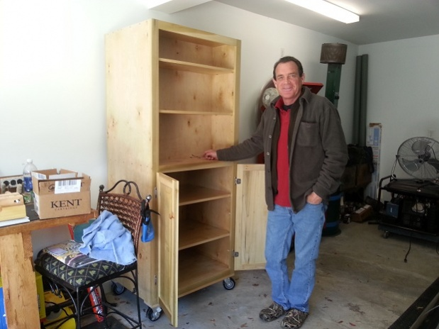Rolling Garage Cabinet for Dad (Pic Heavy)-dad-cabinet.jpg
