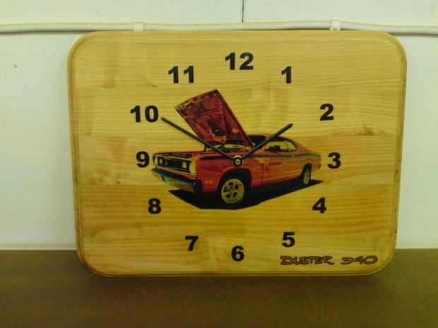 Duster clock-dsc00489.jpg