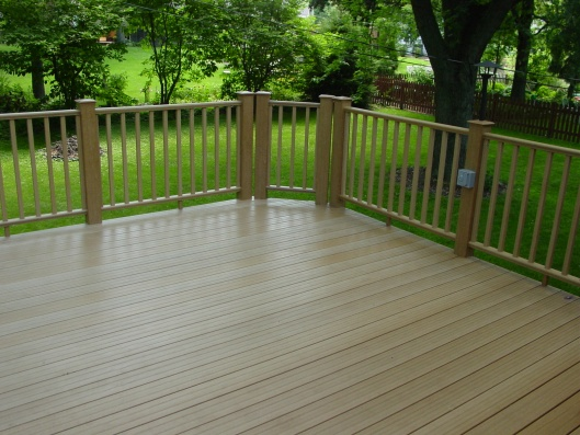 My experience with Menards Ultradeck Reversible composite