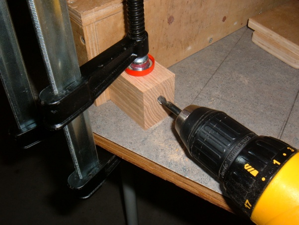 Micro Adjuster for Router Table Fence-dscf7042.jpg