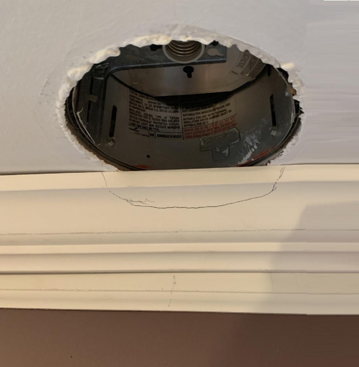 Crown Molding Installation Help-feef324f-e996-463c-9fc5-9fec8e12a258.jpg