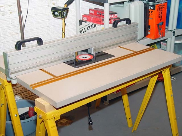 Diy router table fence in the works woodworking talk click image for larger version name fence copyg views 47395 size greentooth Images