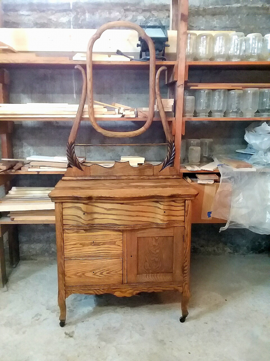 Wood ID help, Antique Commode/Wash Stand-foto_20200215_183352.jpg