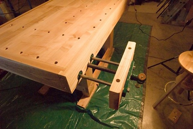 Low profile bench vice to use with bench dogs - Woodworking Talk ...