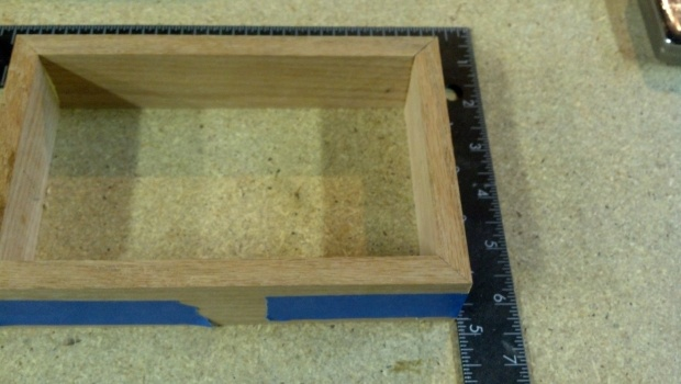 How would you cut these miters?-hope-box-miter-joints.jpg