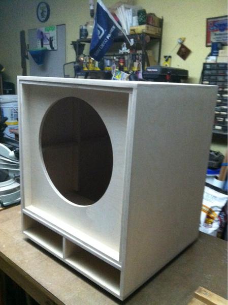 speaker cabinet made of ...natural wood?-image-197945962.jpg