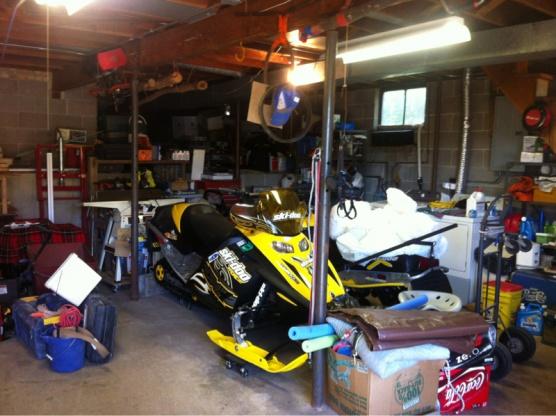 Garage/shop added space-image-2125505976.jpg