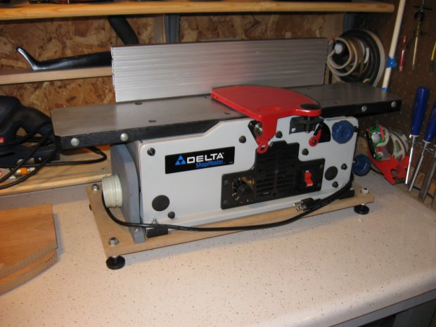 Delta Six-Inch variable speed bench jointer/planer, JT160 ...