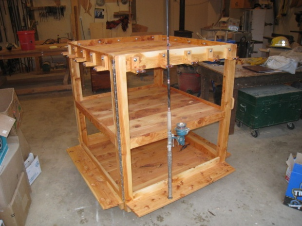 juniper fishing rod rack-img_0728.jpg