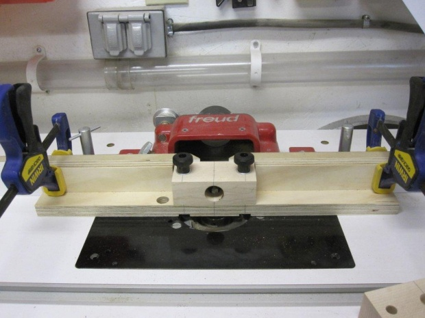 Dowel making jig for router table-img_0754.jpg