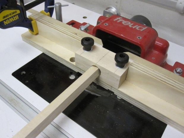 Dowel making jig for router table - Woodworking Talk - Woodworkers ...