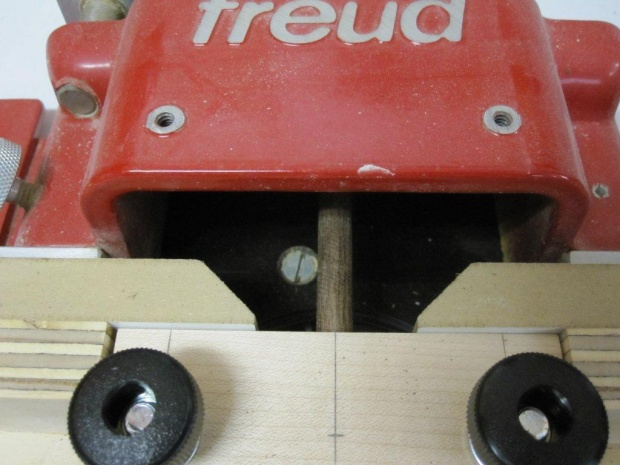 Dowel making jig for router table-img_0756.jpg