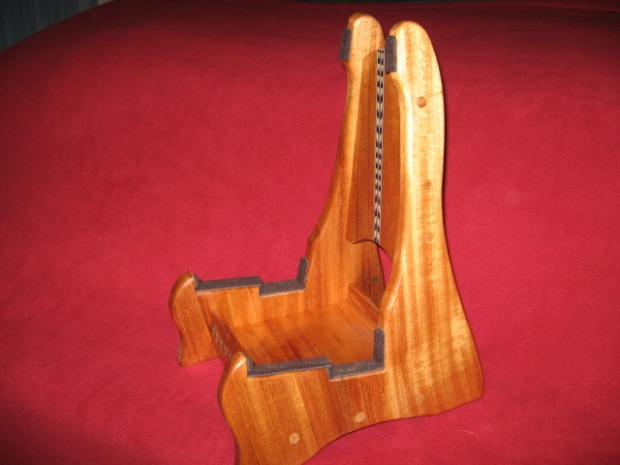 acoustic electric guitar stand woodworking talk woodworkers forum. Black Bedroom Furniture Sets. Home Design Ideas