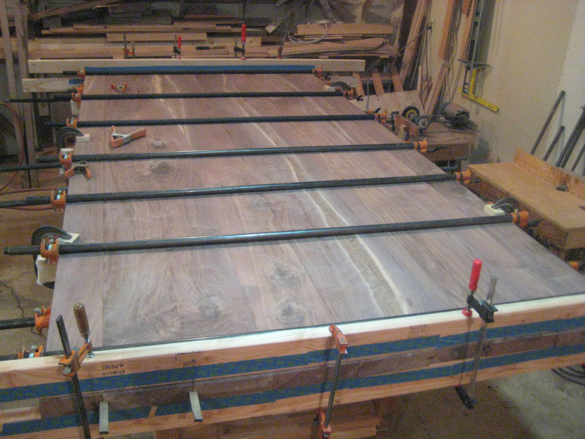 Walnut farmhouse table completed, at last-img_1356-1-.jpg