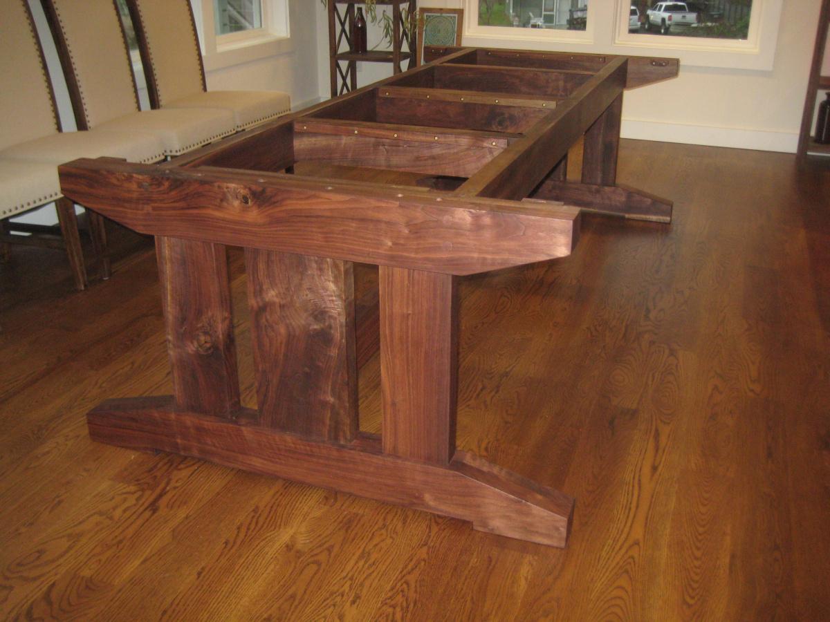 Walnut farmhouse table completed, at last-img_1384-2-.jpg