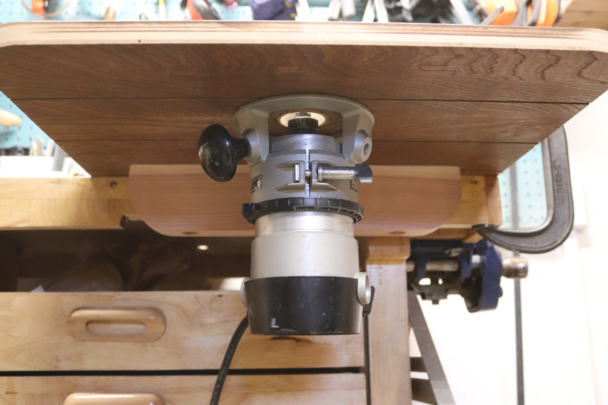 How to modify this Stanley 90305 Router for table mount?-img_1701.jpg