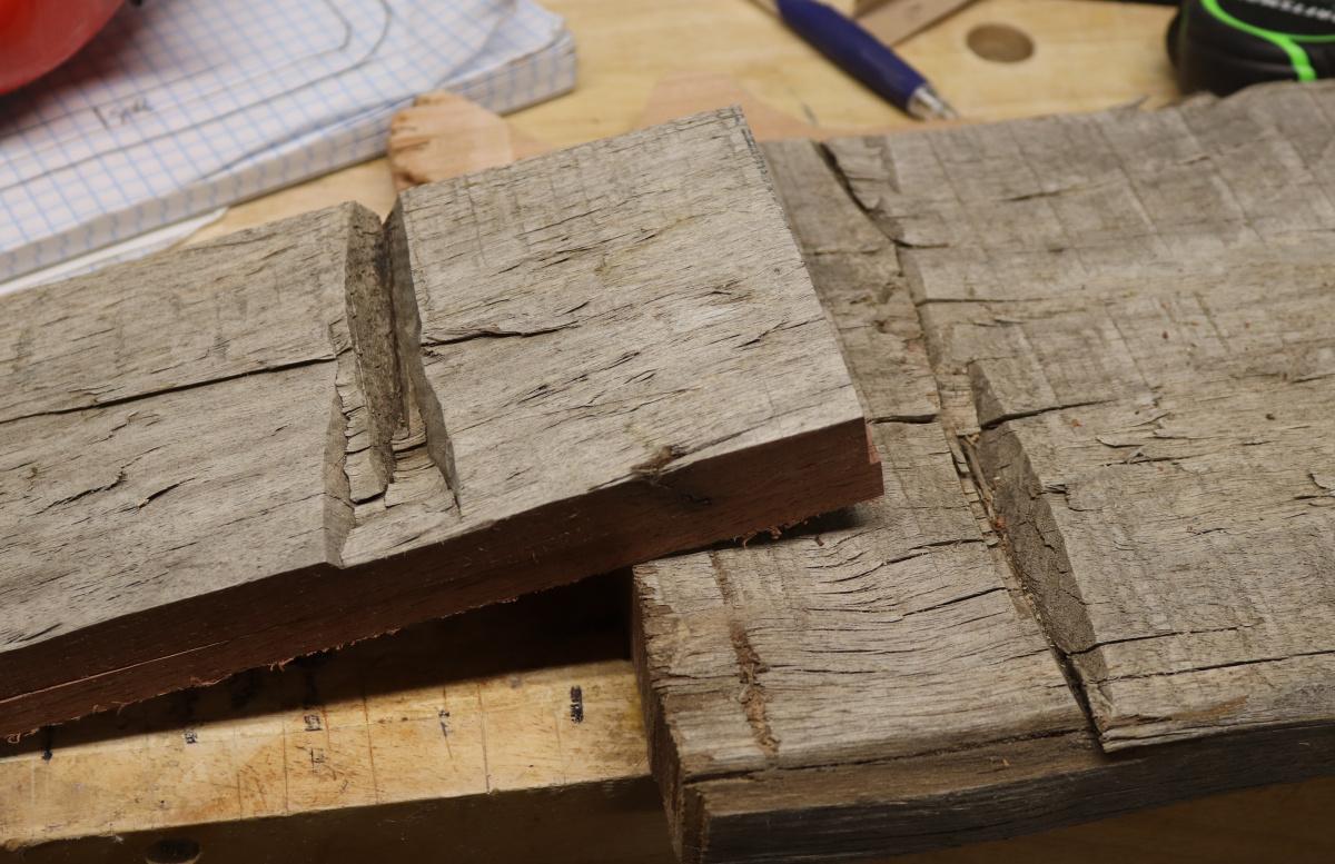 Very old wood-img_1905.jpg