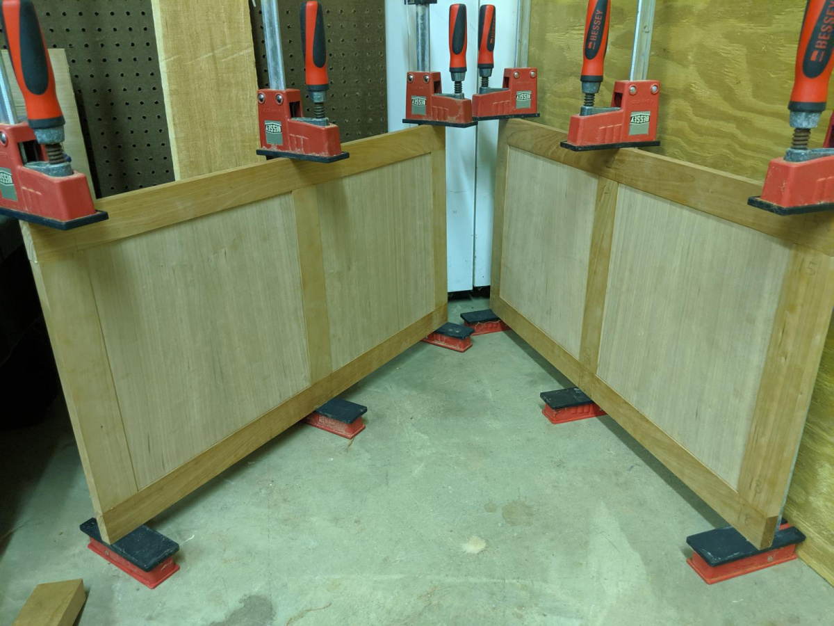 Frame and panel toy chest. Bottom advice-img_20190714_213856_1563242994152.jpg