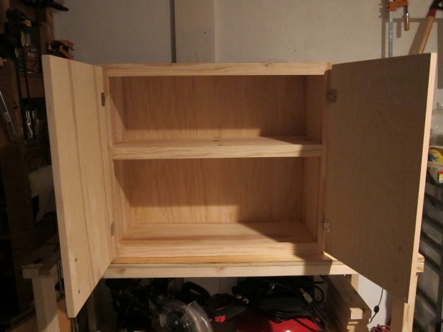 Diy garage storage cabinets plans plans to build your own workbench ...