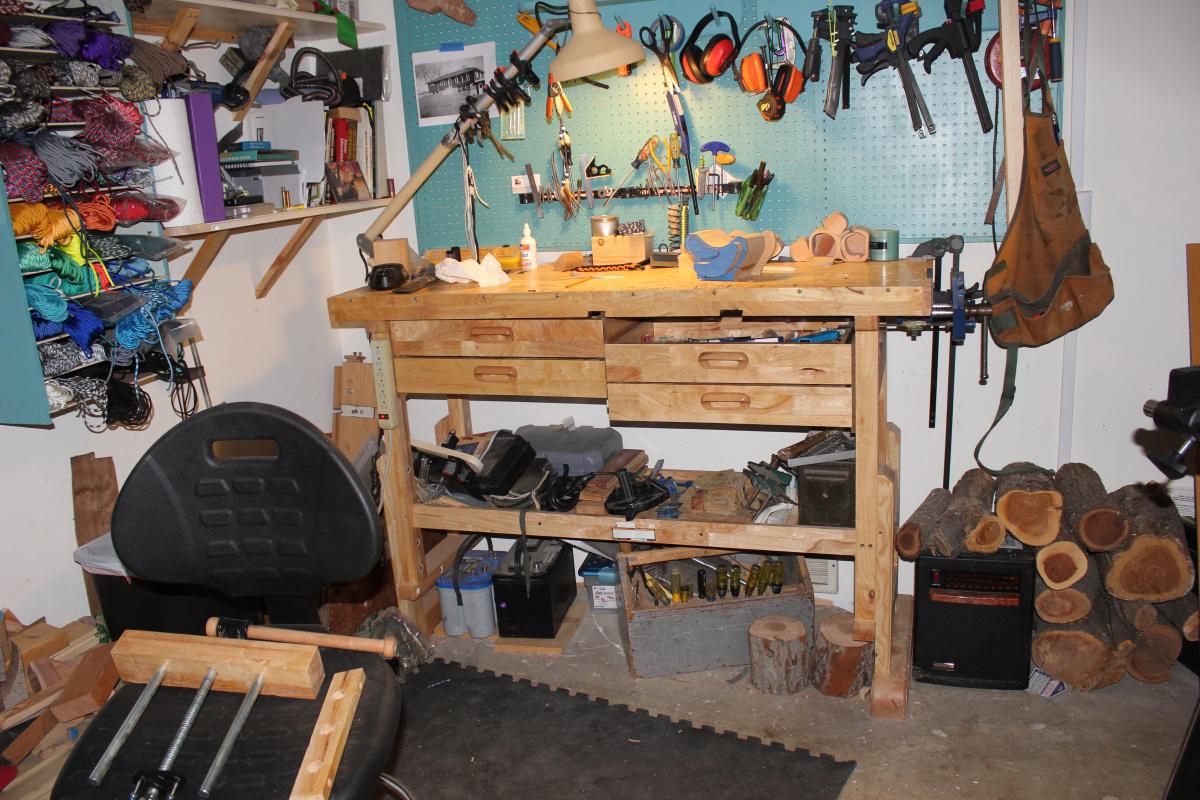 HF work bench-img_6979.jpg