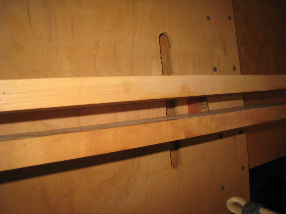 my home made finger joint jig (box joint)-img_8918-1-.jpg