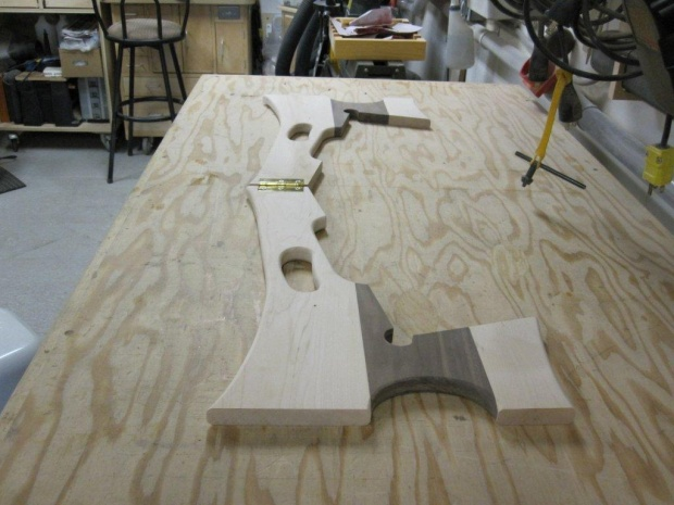 folding guitar stand-img_9210.jpg