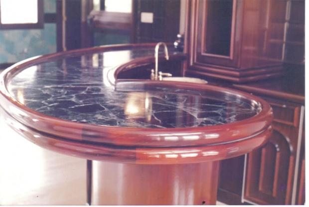 Round table/round border-mbar3.jpg