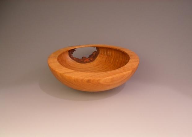 Oak bowl with a hole-oak_bowl.jpg