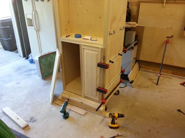 Rolling Garage Cabinet for Dad (Pic Heavy)-panel-door-install.jpg