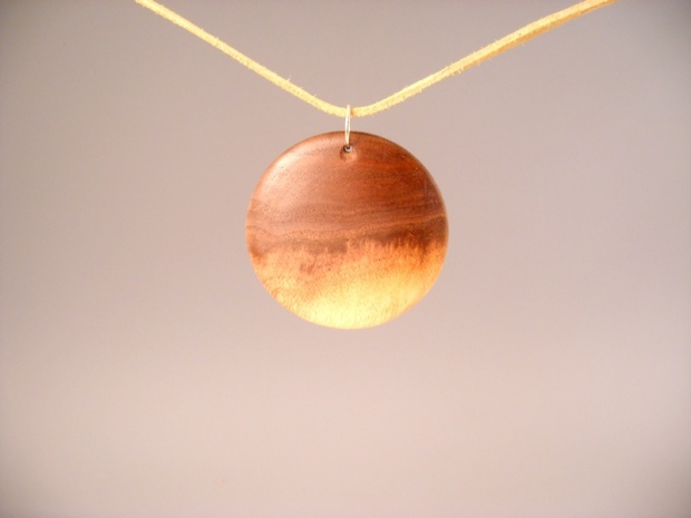 Ok, so how about some pendants-pendant2.jpg