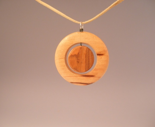 Ok, so how about some pendants-pendant3.jpg