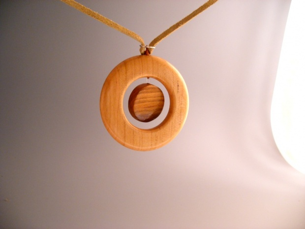 Ok, so how about some pendants-pendant5.jpg