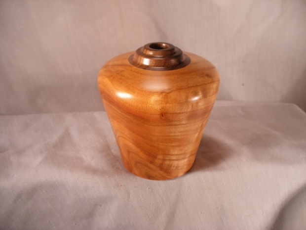 Cherry Hollow Forms with Walnut Accents-pic0020.jpg